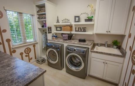 the owl laundry room